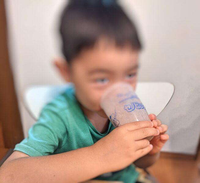 セノビックの効果で牛乳を美味しく飲む次男